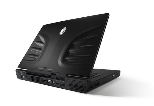 Alienware M17 (back)