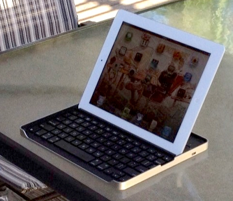 iPad 2 keyboard case shootout